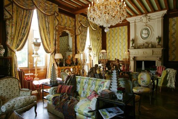 Fairytale Chateau Salon